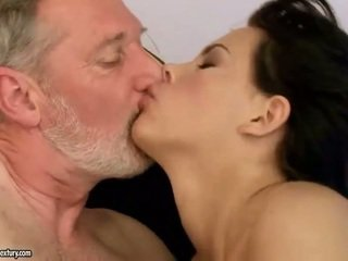 briunetė, hardcore sex, oralinis seksas