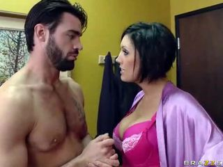 Hotty ללמוד ל זיון על ידי שלה neighbour
