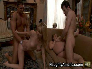 Brooke lee adams 과 lexi belle 포르노