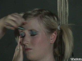 Dīvainas lesbiete verdzība un blondīne fetišs modele