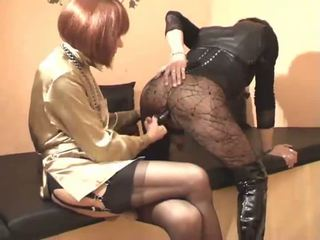 Pervert crossdressers doggy 風格 twosome
