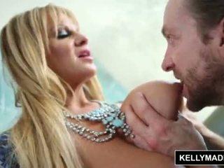Kelly madison - blue 女用贴身内衣裤 seduces 她的 男人 <span class=duration>- 12 min</span>