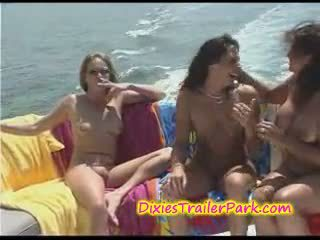 Hardcore swinger párty na the jachta
