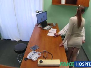 Fakehospital лекар gets секси patients путка мокри