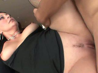 Liels sejas masāža par brunete pieauguša mammīte uz zeķe: porno 93
