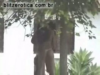 Spycam blowjob and fuck in the backyard