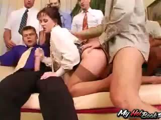 Брюнетка anita blue knows що turns men на і t