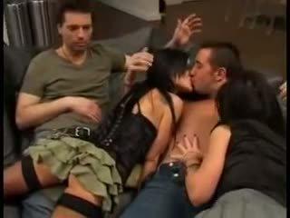 Elizabeth lawrence į porno žvaigždė seksas tryse