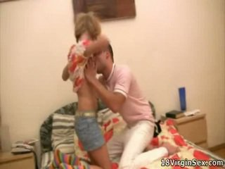 Awesome virgin gets franticly perses doggy asukoht