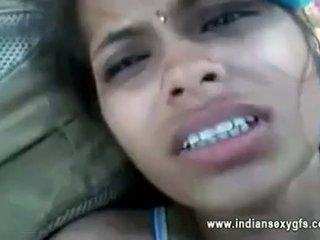 Orissa indien copine baisée par boyfriend en forêt avec audio