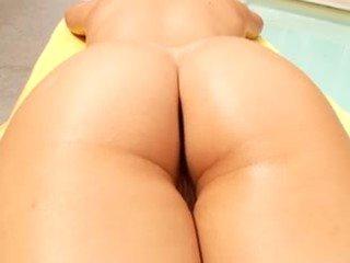 ティーンプッシーを掘削, 十代のポルノビデオ, ベアリーリーガルキューティーズ