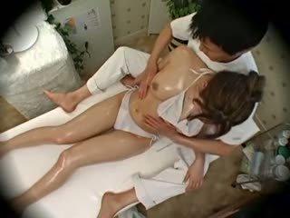 Spycam móda modelu seduced podle masseur 1