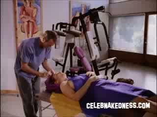 Celeb mimi rogers groot bare borsten getting massaged in film vol lichaam massage