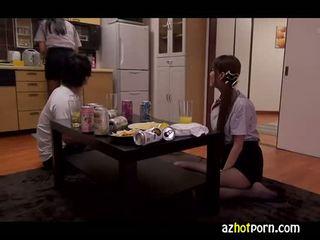 Azhotporn.com - lewd amatör flickor japanska av avrunkning