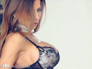 briunetė, šiknius, big boobs