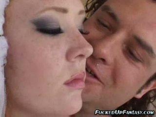 Jeune mariée audrey en une peu hours avant son mariage