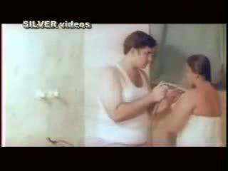 아가씨, 욕실, 인도의