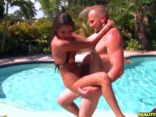 Jovem erin pedra gets banged por o piscina