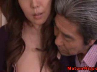 Jepang dewasa milf using seksi pakaian lingerie