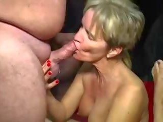 Reif gangbang 4: kostenlos reif gangbangs hd porno video c9