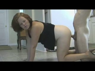 موم punishes ابن مع piss & امرأة سمراء