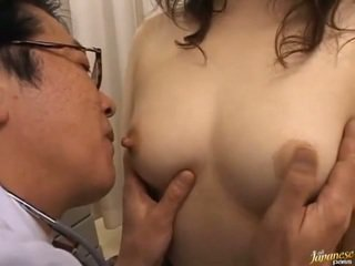 الجنس المتشددين, اليابانية, اللسان