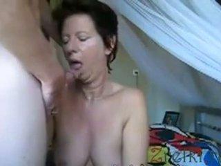 Facefuck matang ibu isteri
