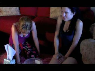 Seksuālā meitenes smags vomit puke vemšana vomiting neļaušana runāt un barf
