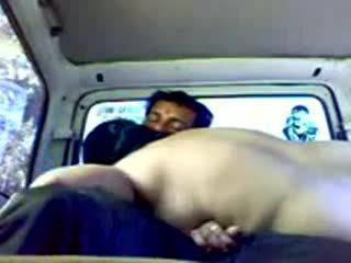 Dogging indieši pāris uz automašīna video