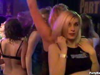 مص الديك, مجموعة الجنس, المجموعة العربدة