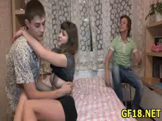 Og deretter fellow takes hans dong ut av henne loving hole
