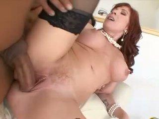 Heet mam brittany oconnell gets haar poesje stabbed hard met een massief erect lul