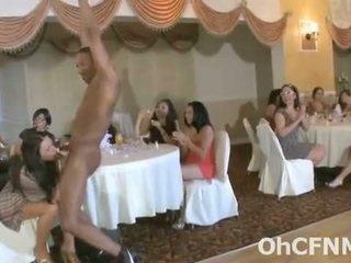 מאוד פרועה bachelorette מסיבה