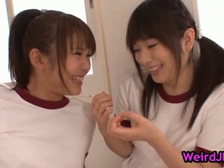 Smut harune maeda と megumi shono