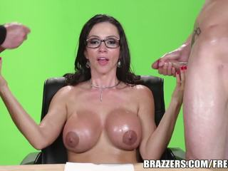 Brazzers - Ariella Ferrera needs two big dick