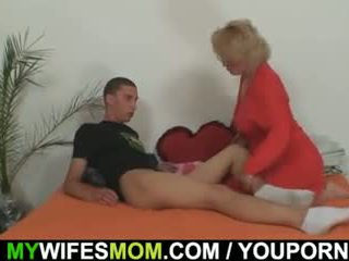 Mother-in-law fucks ji sin v pravo