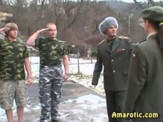 সেনা বাহিনী